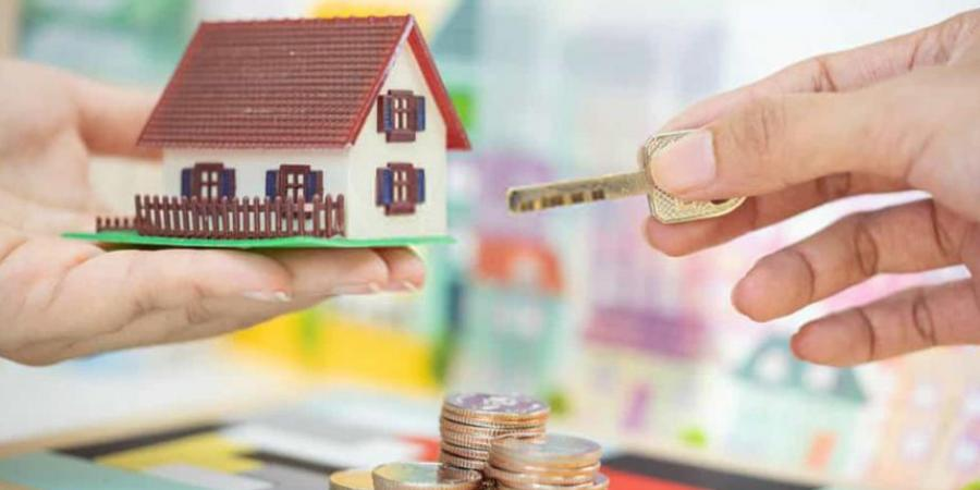 How much do estate agents earn