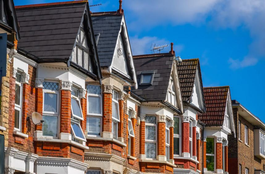 UK property buyers optimistic over the rejection of no-deal Brexit (2)